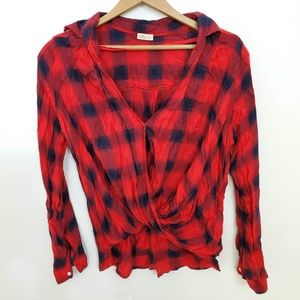 Hollister Plaid Longsleeve Red and Black Pullover